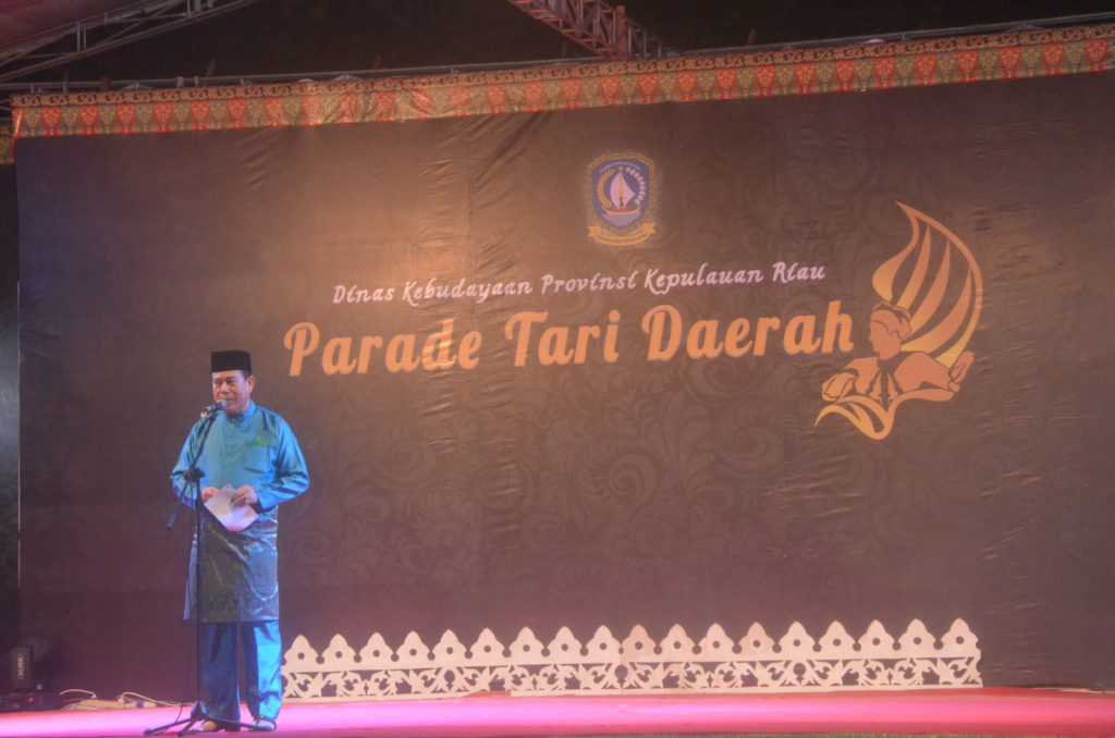 parade-tari-2016